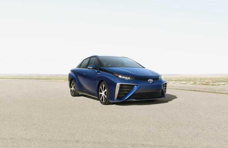 El sedán de pila de combustible de Toyota se llamará Toyota Mirai