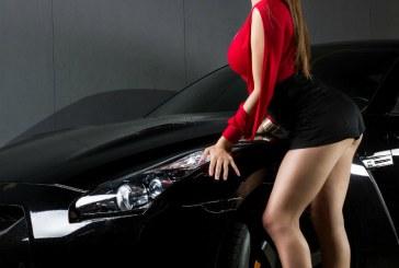 Jelacy Ramirez se sube a un Nissan GTR