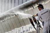 Rosberg en lo más alto del podio en Montmeló