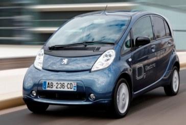 Peugeot mejora la oferta de sus electricos