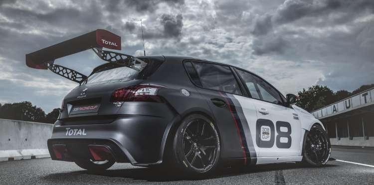 Trasera del Peugeot 308 Racing Cup, un coche para los clientes mas exigentes