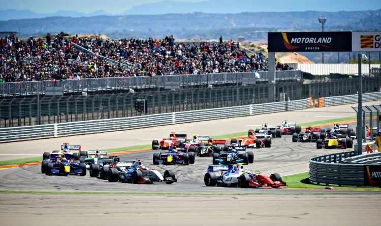 World Series by Renault llegan a Motorland Aragon