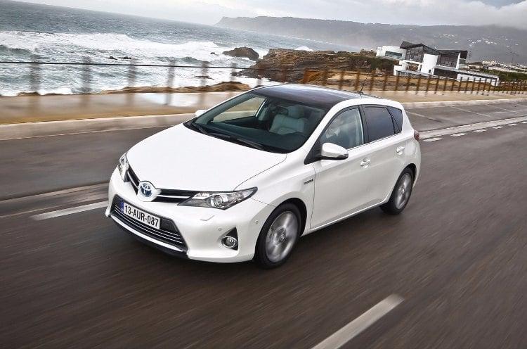 nuevo Toyota Auris Hybrid 2016