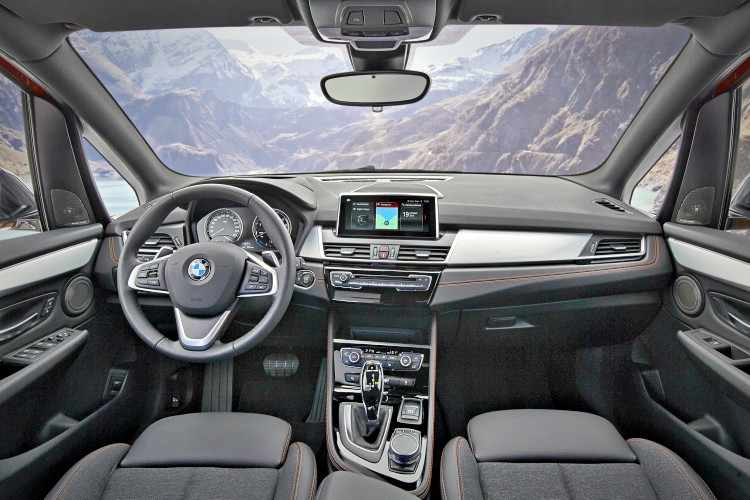 BMW Serie 2 Gran Tourer interior