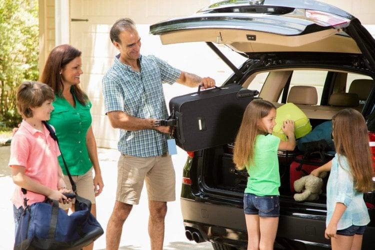 Como organizar el maletero del coche en vacaciones