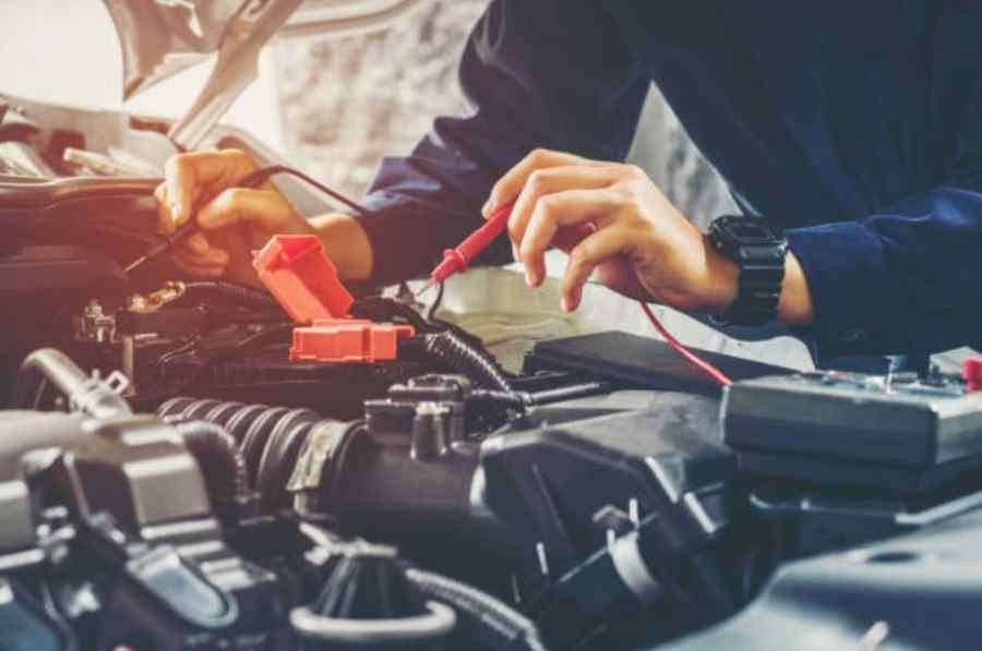 cuanto dura la batería de un coche sin arrancar