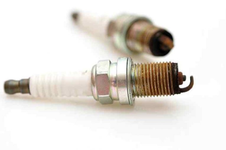 Funcionamiento y cuidados de las bujías y calentadores en los coches